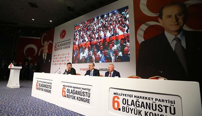 MHP'li muhaliflerin kurultayında 13 değişiklik kabul edildi