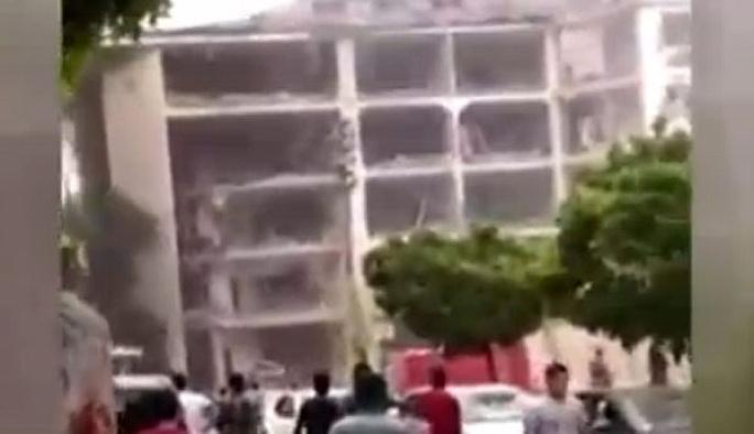 Midyat'ta emniyet binasına bombalı saldırı
