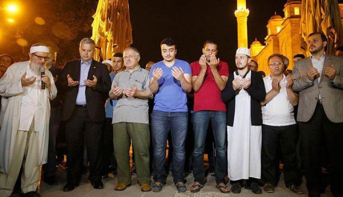 Muhammet Ali için İstanbul'da cenaze namazı