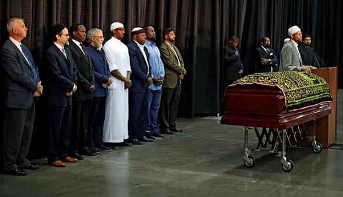 Muhammet Ali toprağa verildi