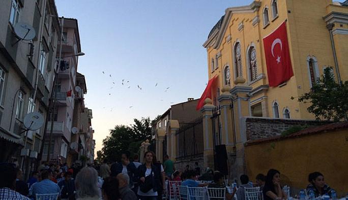 Museviler Edirne'de sokak iftarı düzenledi