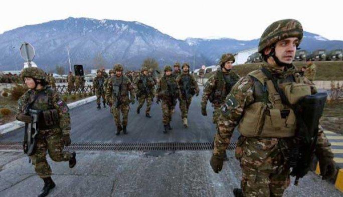 NATO Rusya sınırına asker yığmaya başladı