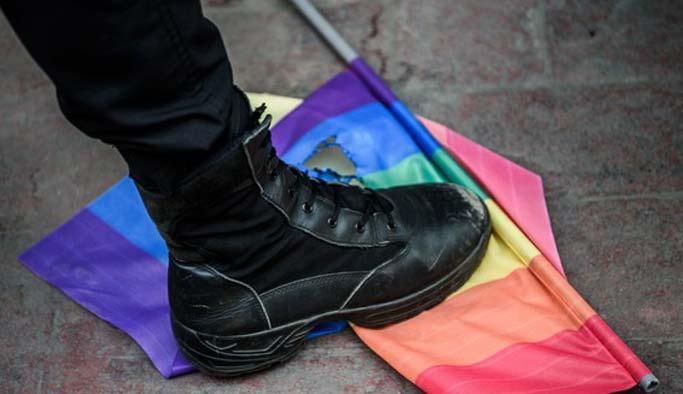Palis Taksim'de 'sapkın yürüyüş'e izin vermedi