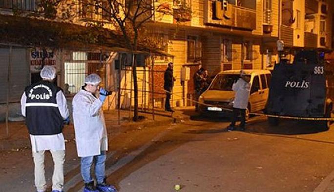 Patlayıcı atarken yaralanan iki kişi hastanede yakalandı