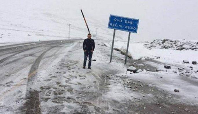 Rize'ye haziranda kar yağdı