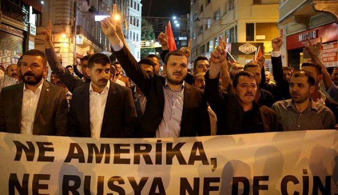 Rusya, İstanbul'da protesto edildi