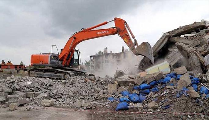 Yüksekova'da onarım vakti FOTO