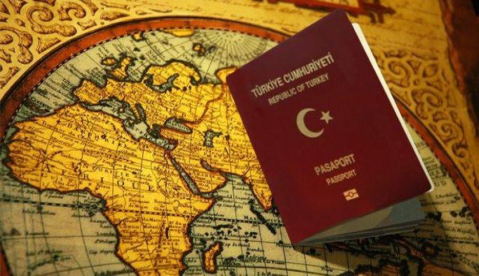 23 öğretim elemanının pasaportlarına el konuldu
