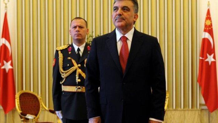 Abdullah Gül'ün eski yaveri de gözaltında
