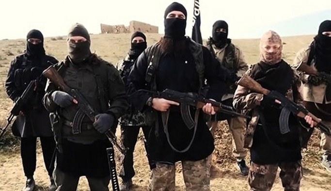 Afganistan'da 20 DAEŞ üyesi öldürüldü