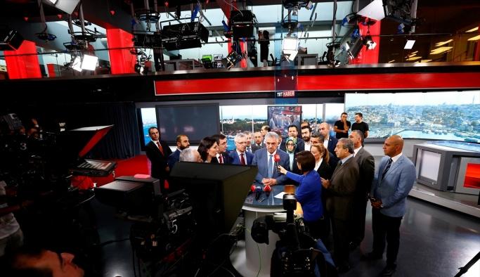 AK Parti heyetinden TRT'ye ziyaret