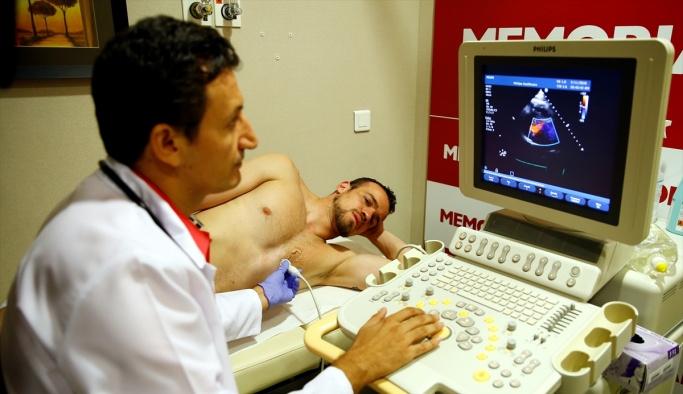 Antalyasporlu bazı oyuncular, sağlık kontrolünden geçti