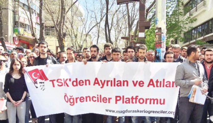 """Askeri okul öğrencilerine FETÖ usulü """"fişleme"""""""