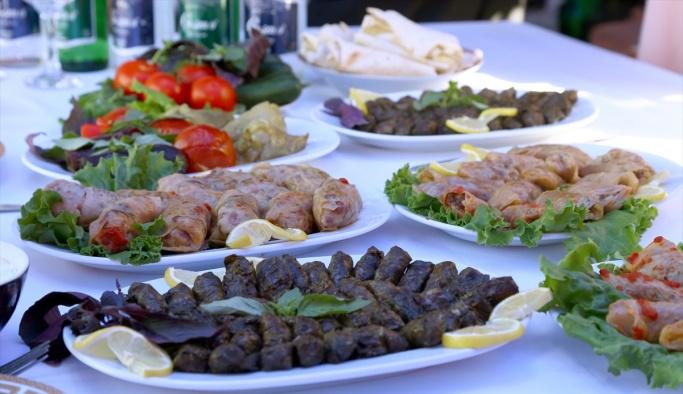 Azerbaycan'da dolma festivali