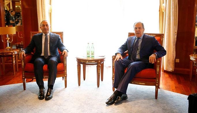 Çavuşoğlu ile Lavrov Soçi'de bir araya geldi