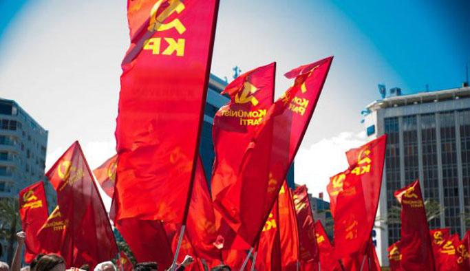 CHP mitingine muhafazakarlar katılıyor diye komünistler küstü