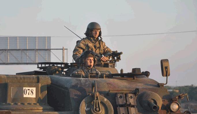 Darbe karşıtı tanklar İstanbul'a konuşlanıyor