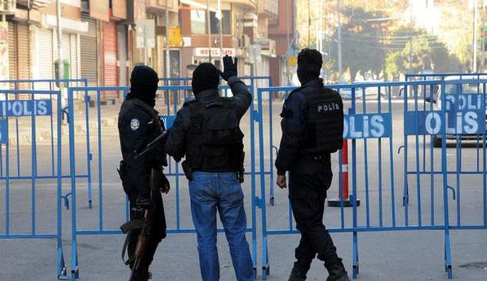 Diyarbakır'da üç bombalı araç istihbaratı