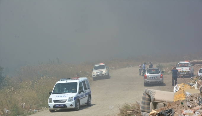 Edremit'te şehir çöplüğünde yangın