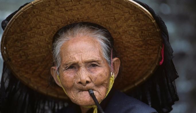 En uzun ömürlü kadınlar Hong Kong'da