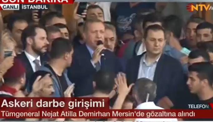 Erdoğan: Meydanlardan ayrılmayın