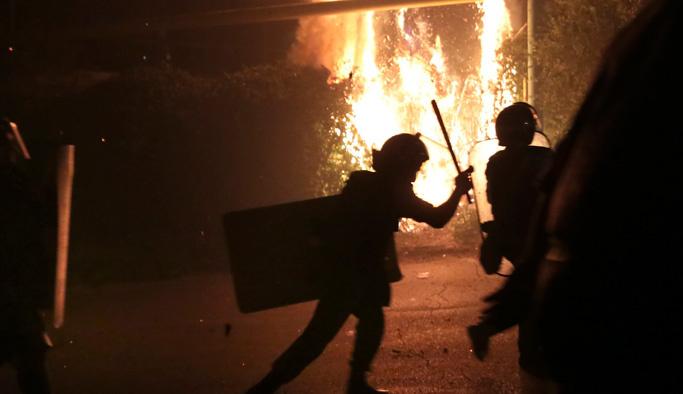 Ermenistan karıştı: En az 75 yaralı var