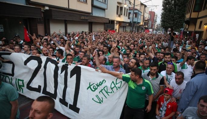 Bursaspor taraftarları Harput'u protesto etti