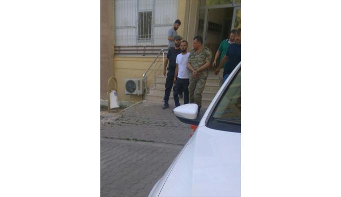 FETÖ'nün darbe girişimiyle ilgili soruşturma kapsamında Şırnak'ta gözaltına alınan Çakırsöğüt Jandarma Komando Tugay Komutanı Tuğgeneral Ali Osman Gürcan tutuklandı.
