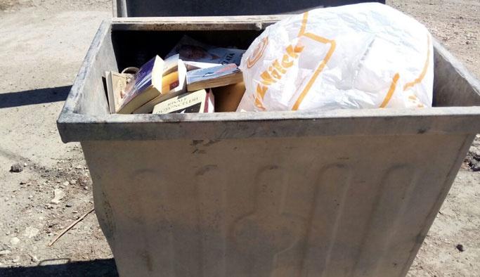 Fetullah Gülen'in kitapları çöpe