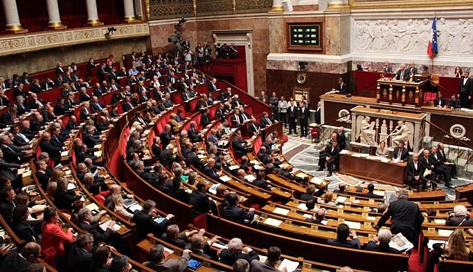 Fransa 'soykırım inkârı'nı suç kapsamına aldı