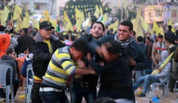 Gazze'de Abbas ve Dahlan yanlıları çatıştı