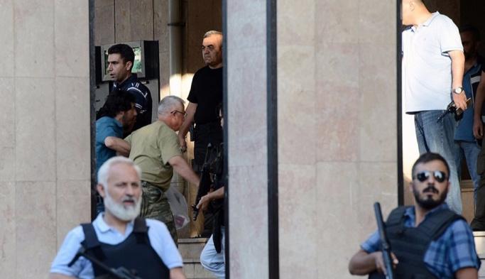 Gözaltındaki 2. Ordu Komutanı Huduti adliyede