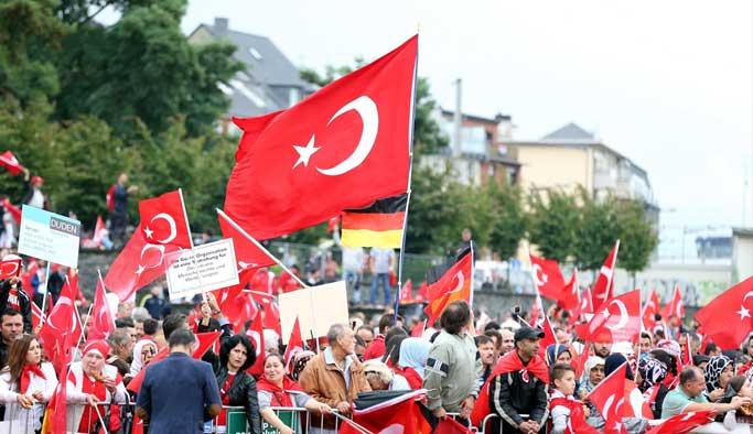 Türkiye Almanya'dan izahat isteyecek