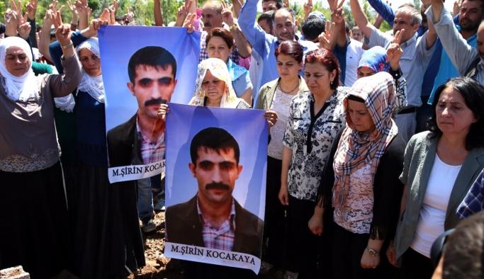HDP'li vekiller Ankara katilinin cenazesinde