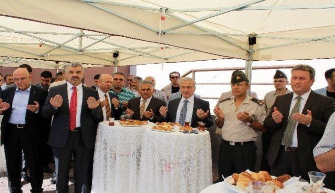 Kayseri Büyükşehir Belediyesi şükür kurbanı kesti
