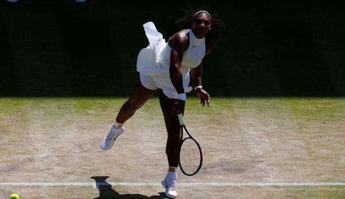 Kerber, Wimbledon'da ilk kez finale yükseldi