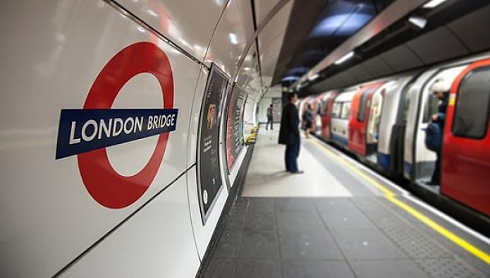 Londra'da terk edilmiş araç alarmı