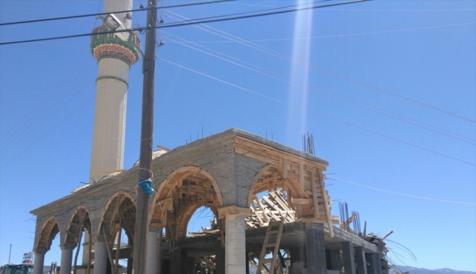 Mersin'de cami inşaatında göçük: 1 ölü, 4 yaralı