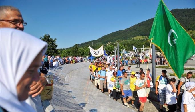 'Ölüm Yolu'nda 'Barış Yürüyüşü'