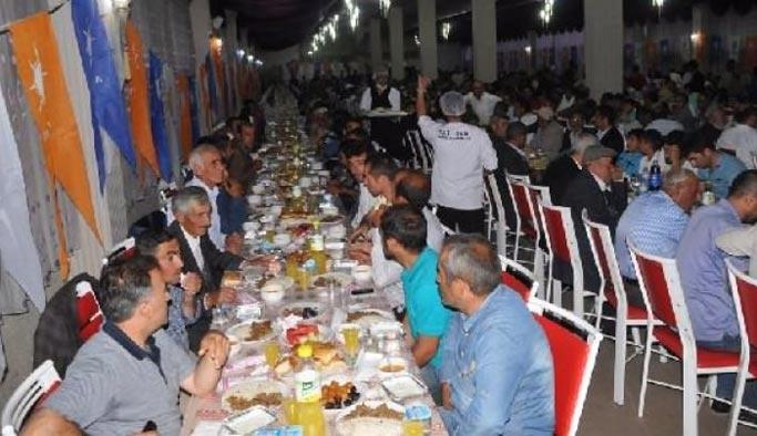 PKK ilçeden atılınca 13 bin kişi AK Parti'ye geçti