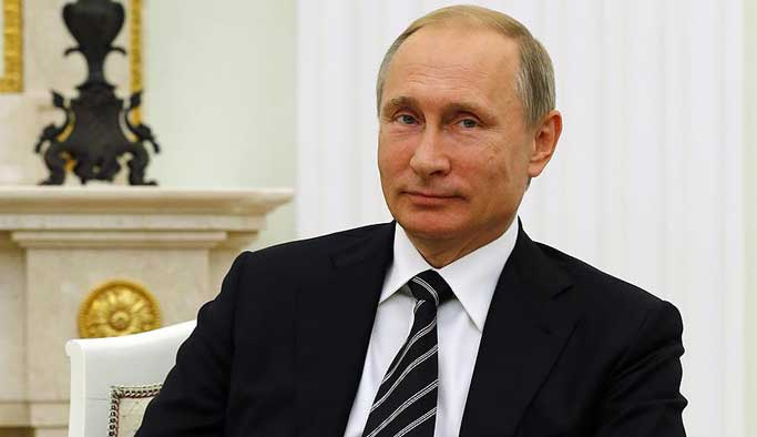 Putin beklenen imzayı attı