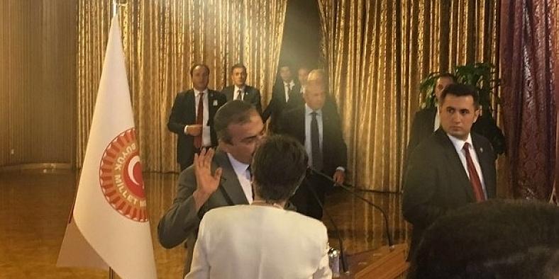 'Sayın Öcalan' diyen Sırrı Süreya Önder'e sendikalardan tepki
