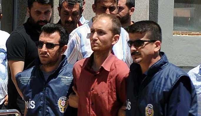Seri katil Atalay Filiz'in valizinden çıkan kitap