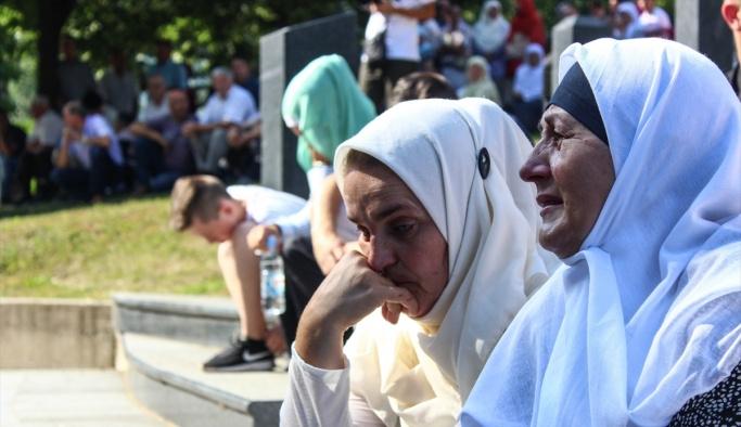 127 cenaze tek TIR'la taşınıyor