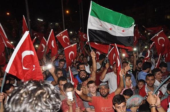 """Suriyeli Ahmet Hasan:""""Biz darbeyi yaşadık ne olduğunu biliyoruz"""""""