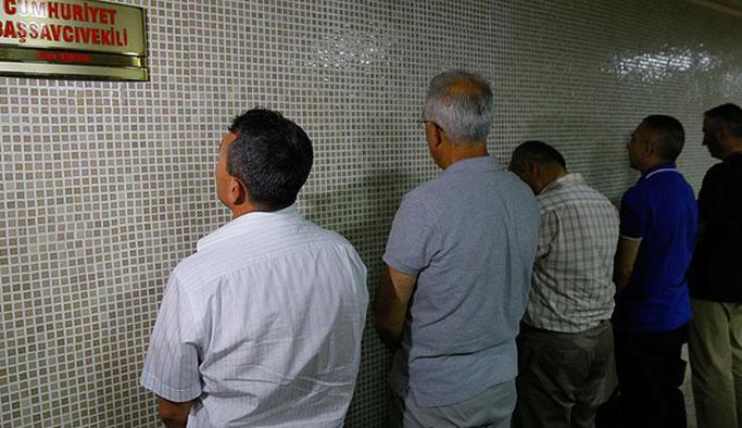 Turkcell'i basan darbeciler tutuklandı