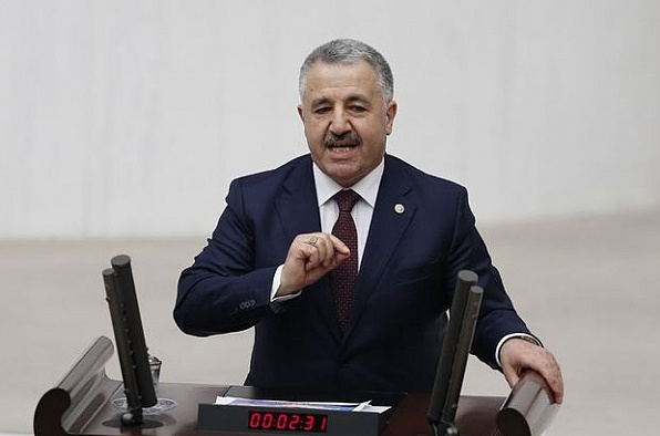 Ulaştırma, Denizcilik ve Haberleşme Bakanı Arslan darbe girişimi hakkında konuştu