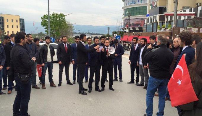Uludağ Üniversitesi 'teröre lanet yürüyüşü' düzenledi