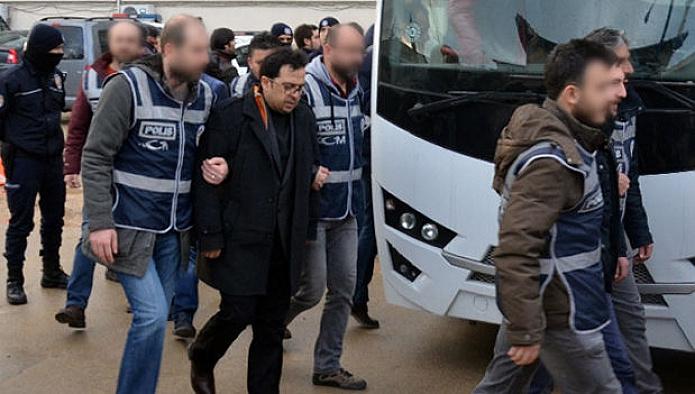 Van'da örgütün sözde 'Mütevelli heyeti' olarak bilinen 13 kişi gözaltına alındı