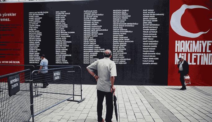 15 Temmuz şehitlerinin isimleri İETT duraklarına verildi